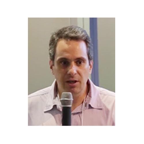 Dr. Eduardo Bresciani