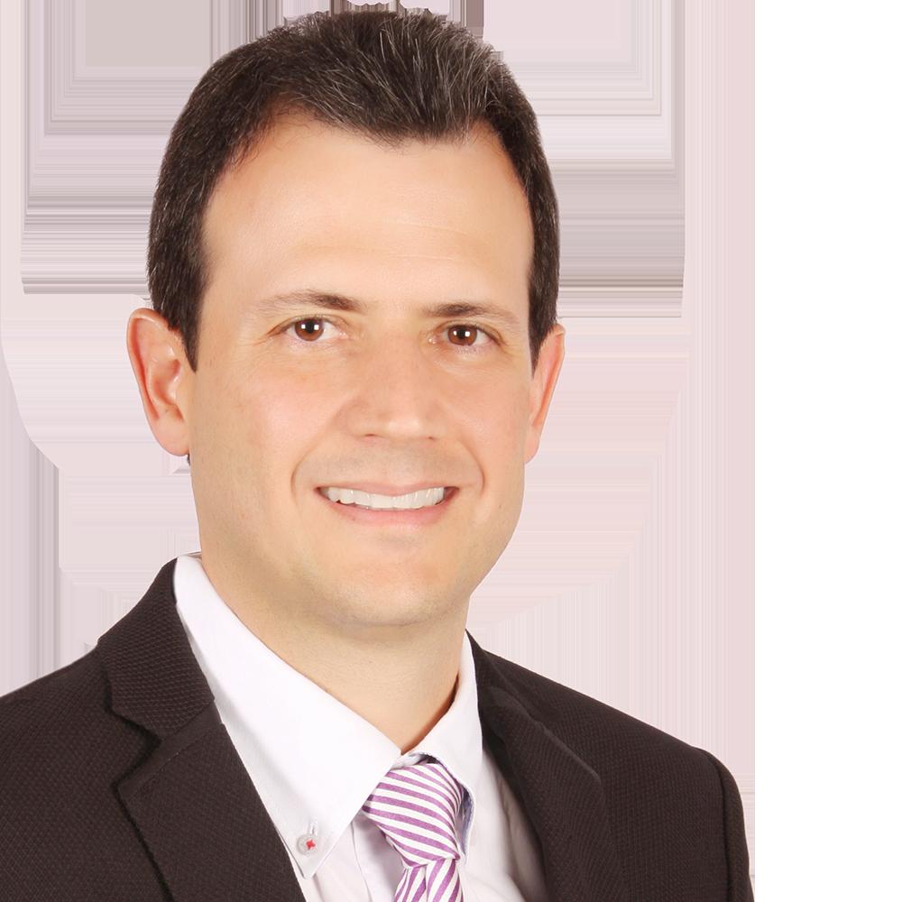 Juan Fernando Aristizabal Especialista en Ortodoncia, Candidato a Maestria en Ciencias Odontologicas